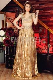 rochii foarte elegante lungi